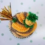 "pineapple crochet cupcakes By ""I am a Mess"""